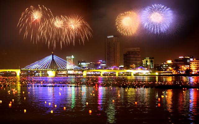 Những cảnh đẹp ở Đà Nẵng bên sông Hàn 01