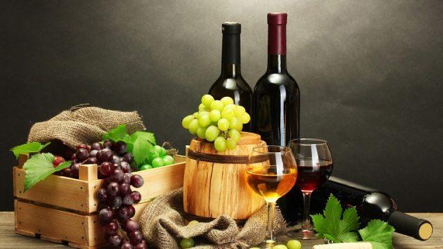 Thưởng thức đặc sản rượu vang Đà Lạt