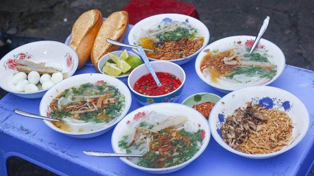 Bánh canh ngon mê ly tại Trần Hưng Đạo