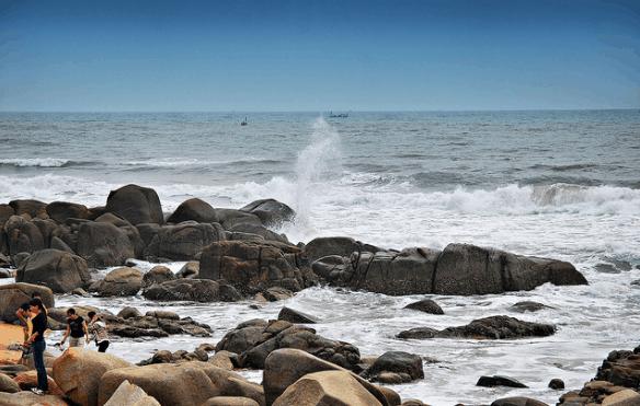 Ngỡ ngàng trước vẻ đẹp của biển Phước Hải (ảnh sưu tầm)