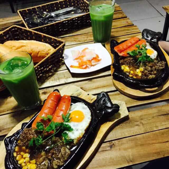 Quán bò né Đà Nẵng tại quán Tân