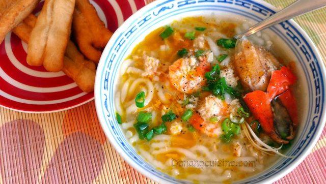 Quán ăn đêm Đà Nẵng: bánh canh ghẹ