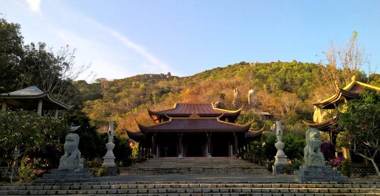 Quang cảnh Thiền viện Trúc Lâm Chân Nguyên