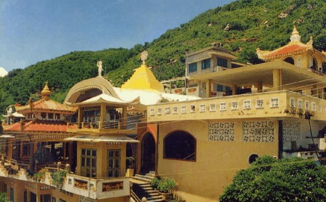 Niết Bàn Tịnh Xá có kiến trúc rất độc đáo