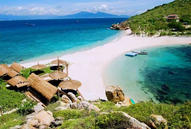 Biển Vinpearl Land Nha Trang