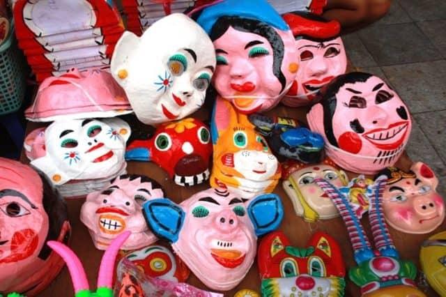 Mặt nạ truyền thống - đồ chơi trung thu được yêu thích