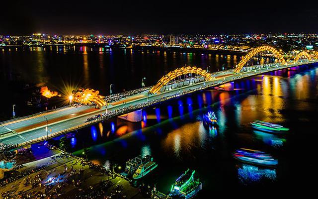 Cầu Rồng Đà Nẵng phun lửa lúc 21h00 tối cuối tuần