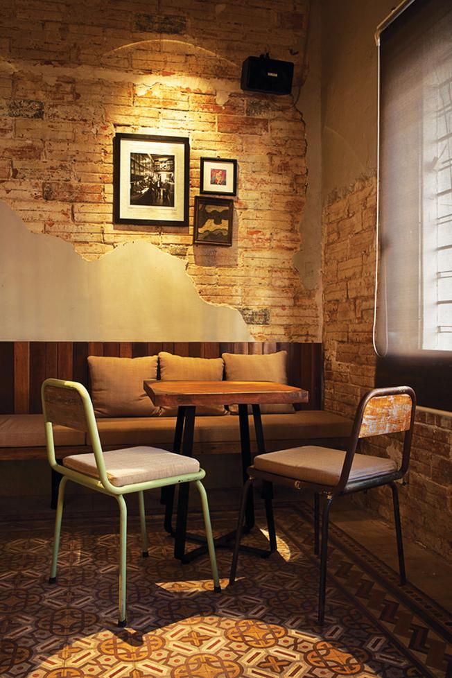 Vẻ giản dị và thô mộc của Bâng Khuâng mà lại quán cafe ngon ở sài gòn(ảnh sưu tầm)
