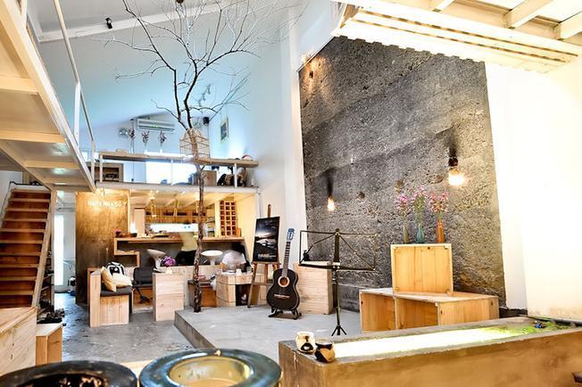 Ngôi Nhà Số 7 Café TP.HCM mênh danh quán cafe nhỏ và xinh (ảnh sưu tầm)