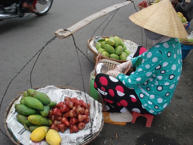 Gánh hoa quả
