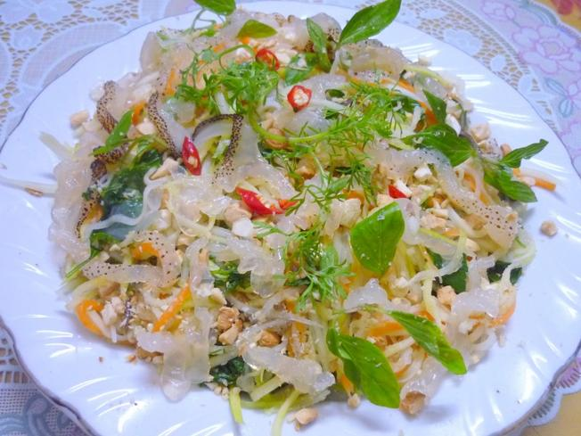 Gỏi sứa nộm Đà Nẵng