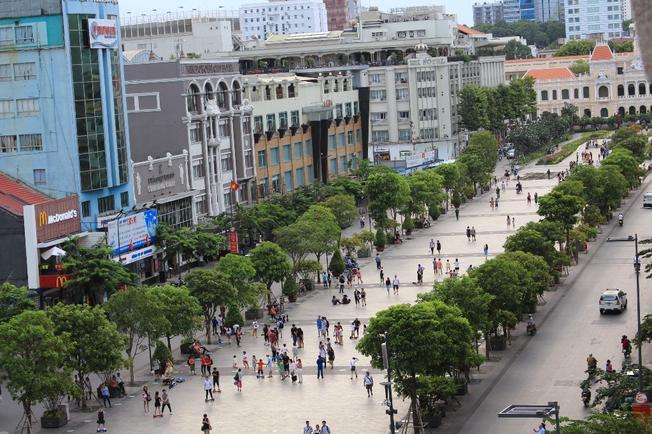 Đường Nguyễn Huệ (ảnh sưu tầm)