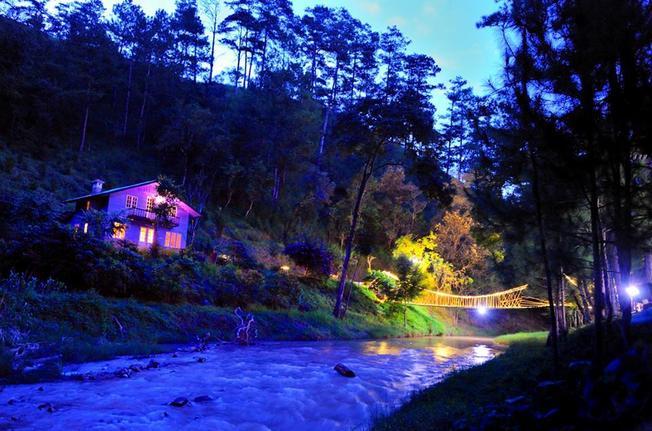 Ma rừng lữ quán địa điểm du lịch ở Đà Lạt