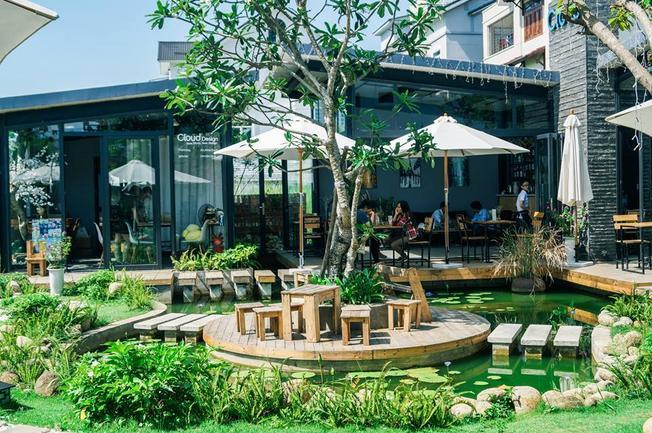 Cloud Garden Coffee Shop
