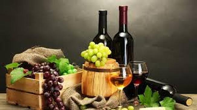 Nguyên liệu của vang Đà Lạt là nguồn trái cây sẵn có