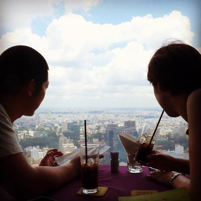 Cà phê trên cao ở sài gòn Saigon Skydeck café