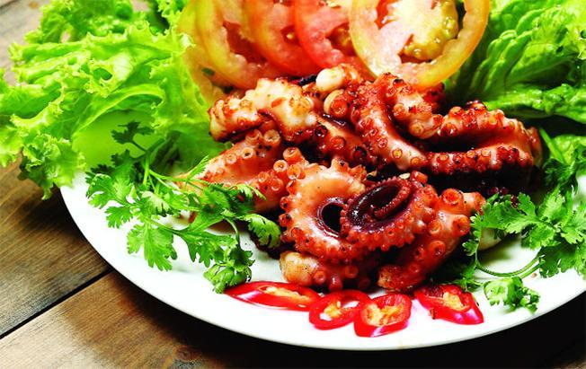 Những món hải sản tươi ngon hấp dẫn du khách