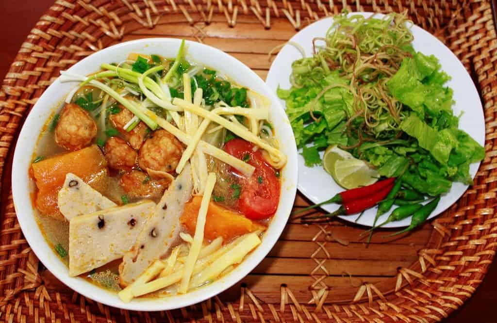 Bún chả cá đặc sản nên ăn gì tại Nha Trang