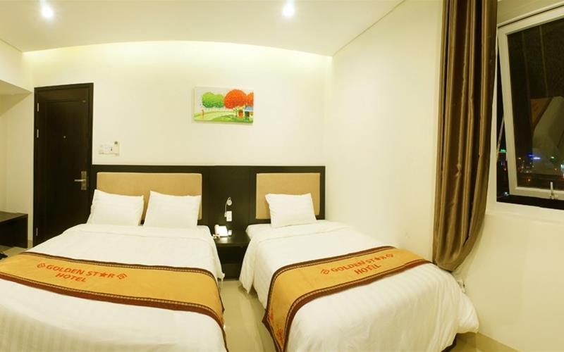 Khách sạn Golden Start