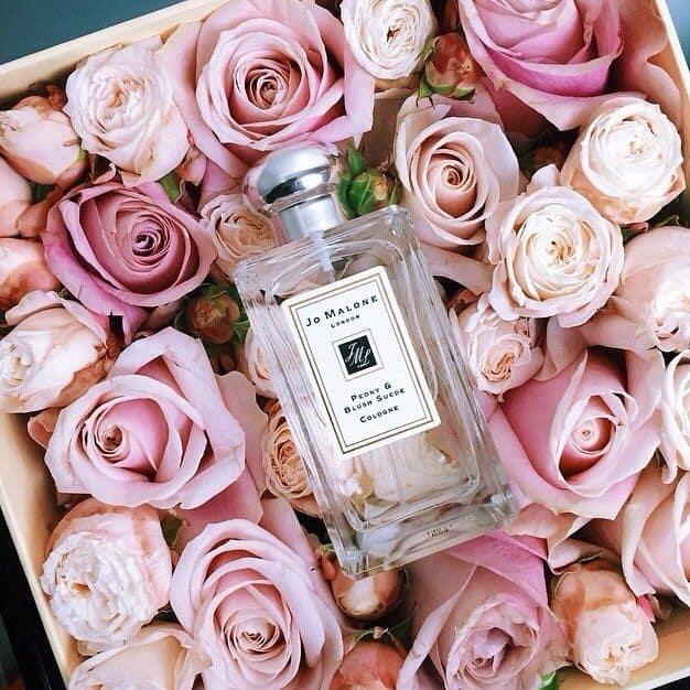 quà tặng cho bạn gái ngày 20/10 là nước hoa