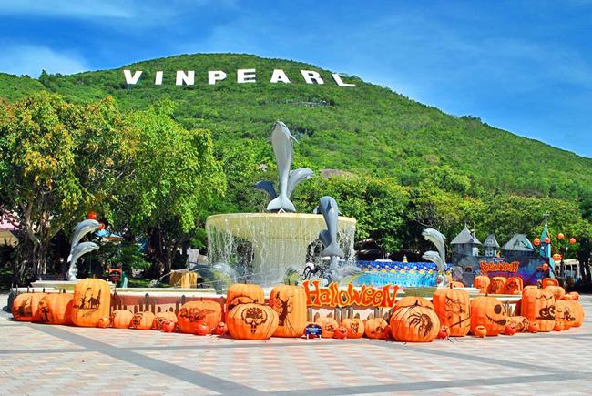 """Vẻ đẹp """" vạn người mê"""" của Vinpearl Land trong chuyến phượt Nha Trang (Ảnh: ST)"""