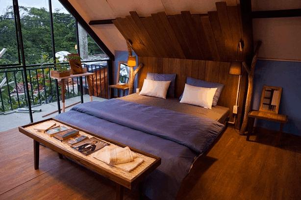 Không gian phòng ngủ đẹp, sang trọng tại Uyen's House
