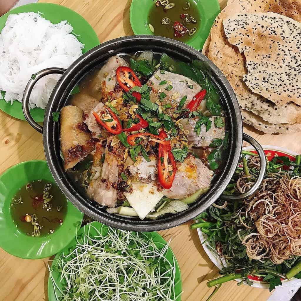 Lẩu cá đuối tươi ngon là một trong những món ăn du khách phải thử khi đến Vũng Tàu