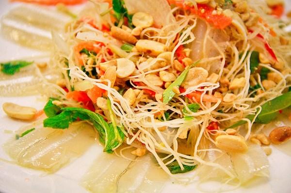 Gỏi cá đục - đặc sản Hà Tĩnh