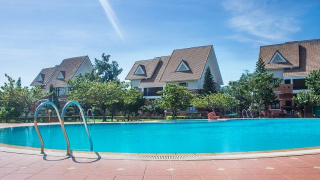 Bể bơi dành cho du khách đến nghỉ ngơi tại resort (ảnh ST)