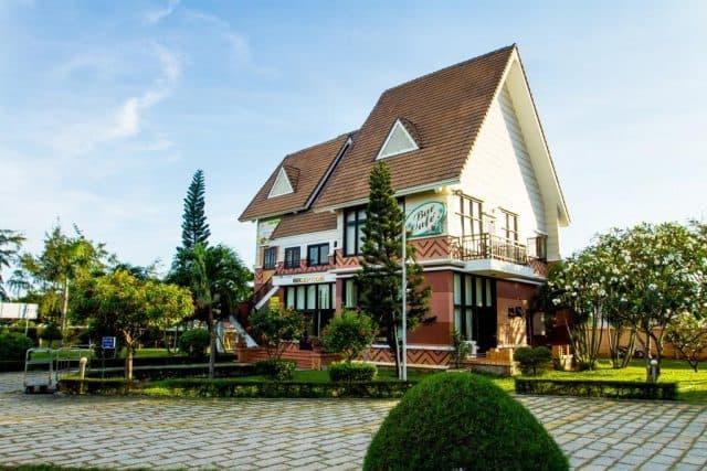 Khu biệt thự của Lotus resort (ảnh ST)