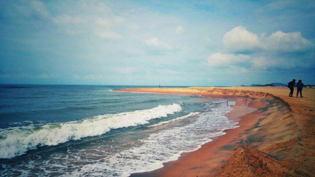 Vẻ đẹp hoang sơ của biển Suối Ồ (ảnh ST)