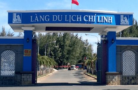 Cổng chào vào làng du lịch Chí Linh - địa điểm du lịch Vũng Tàu mới (ảnh ST)