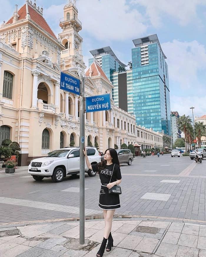 Một góc phố đi bộ Sài Gòn. Ảnh: ST