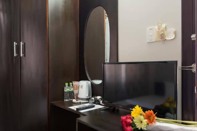 Phòng ngủ được trang bị đầy đủ nội thất cao cấp (ảnh ST)