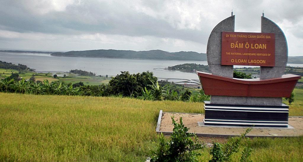 Where is O Loan lagoon?