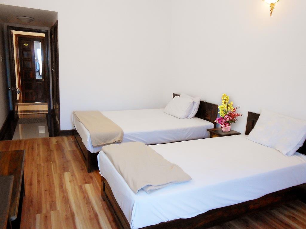 Phòng ngủ Yasaka Hương Sen - khách sạn Tuy Hòa