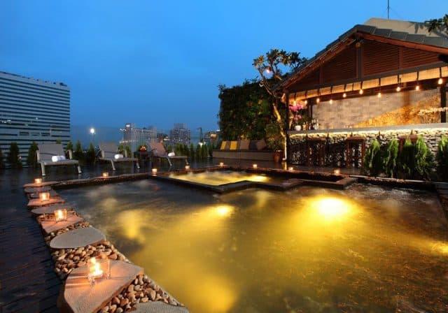 Silverland Sakyo Hotel & Spa có bể bơi trên tầng thượng (Ảnh ST)