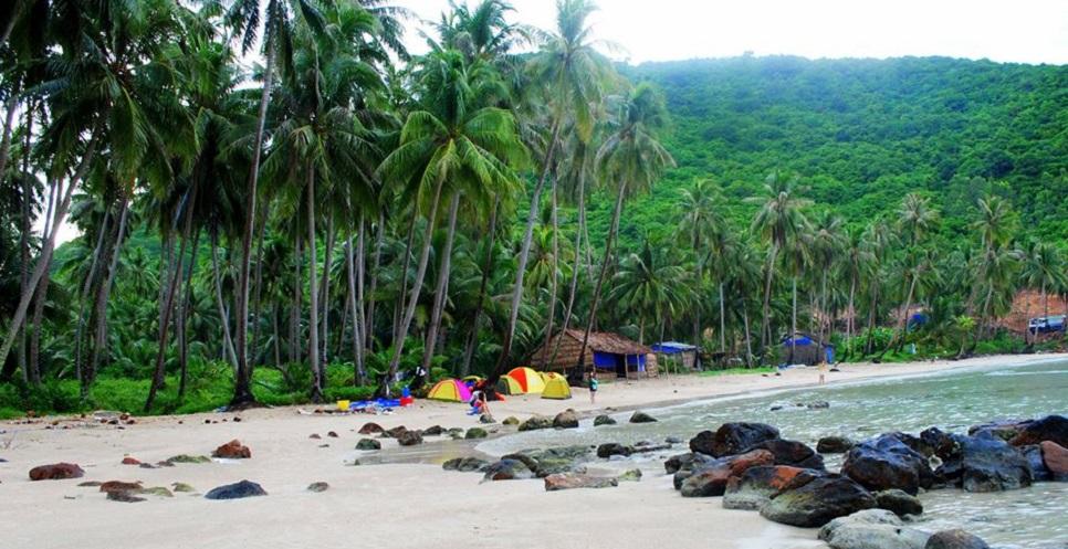 Bãi Mến - khu du lịch đảo Nam Du