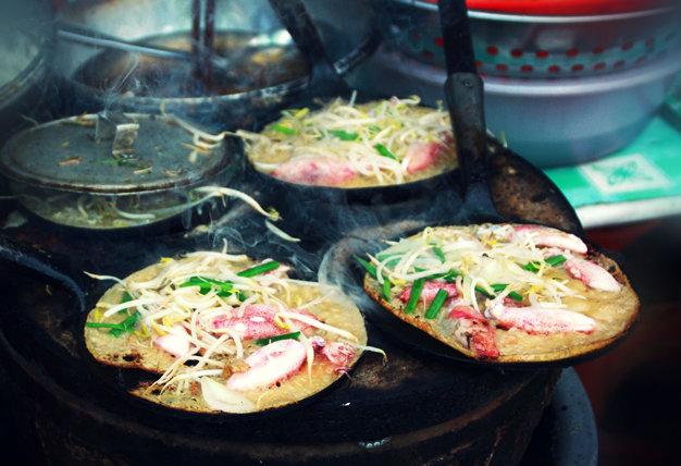 Bánh xèo tôm nhảy Bình Định