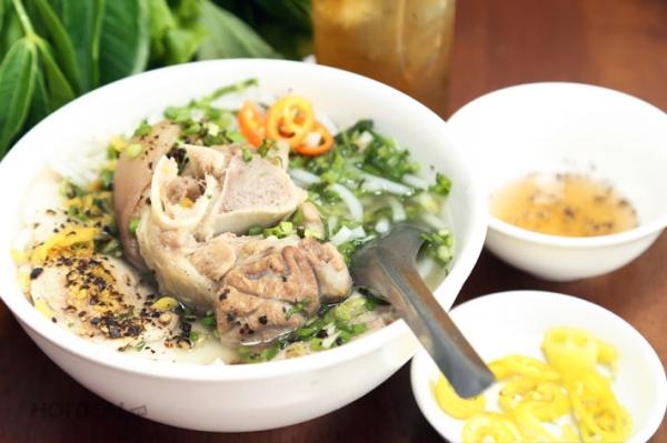 Về Tây Ninh nhớ vị bánh canh Trảng Bàng