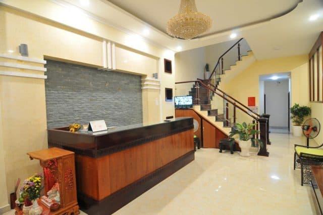 Hiếm có khu nhà nghỉ giá rẻ nào lại đẹp từ tiền sảnh vào đến nội thất phòng nghỉ như Châu Trần Hotel (ảnh ST)