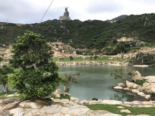 đến Quy Nhơn thăm tượng Phật Khổng lồ