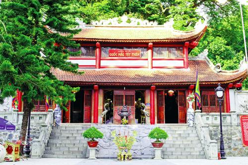 đền Thượng du lịch Tam Đảo Tây Thiên