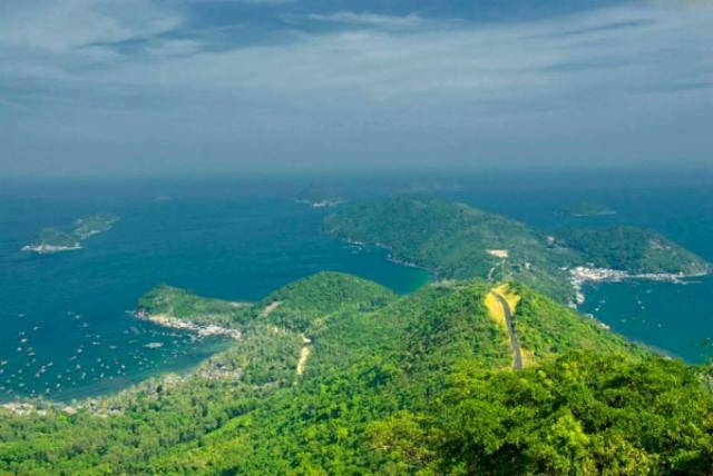 Bãi Chệt - du lịch bụi Nam Du