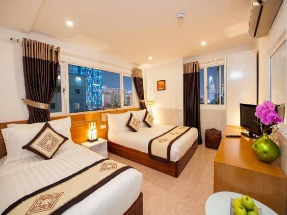 phòng ngủ Brilliant Saigon Hotel