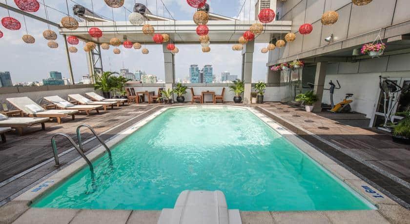 Hồ bơi của Golden Central Saigon Hotel (Ảnh sưu tầm)