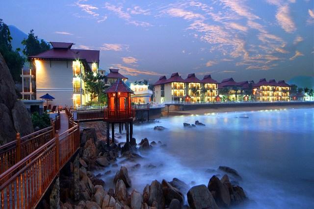 Khách sạn Quy Nhơn gần biển - Royal 2