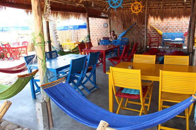 Khách sạn Quy Nhơn giá rẻ - Life's a beach