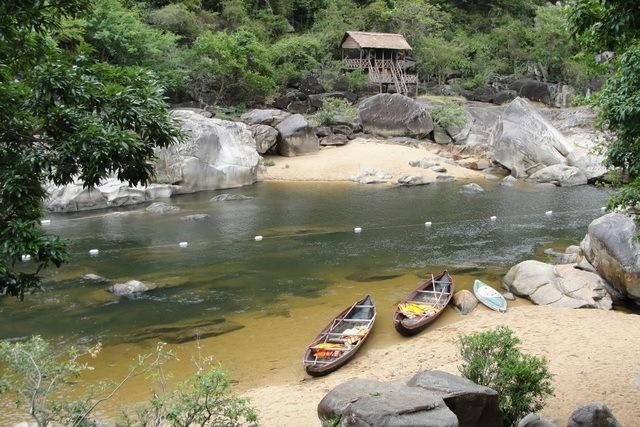Kinh nghiệm du lịch Quy Nhơn - Hầm Hô