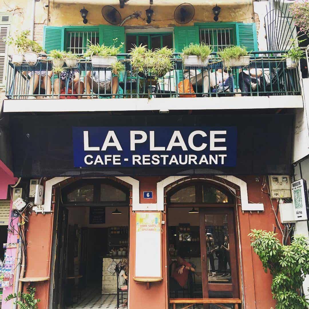 La Place Cafe